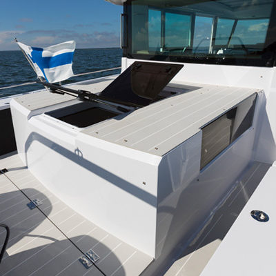 feat37CSC-Day-cruiser-aft-cabin-R7A8532